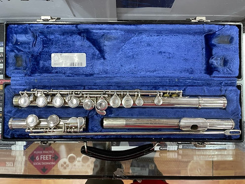Armstrong 104 Flute with case