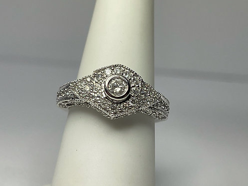 14KWG Hexagon Pave Style Ring