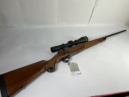 Winchester 70 Super Grade 300 Win Mag w/Leupold VX-34.5-14x50mm Riflescope