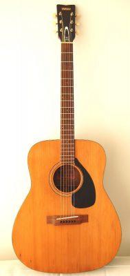 Yamaha FG-140 Red Label Acoustic