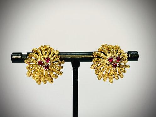 18KYG Vintage Ruby Clip On Earrings