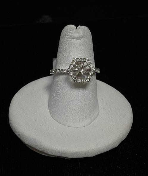 14 KWG Diamond Hexagon Mount Ring