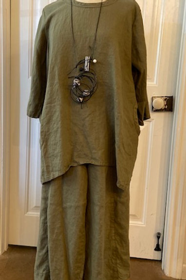 Hearts Desire tunic & pants (in green & black)
