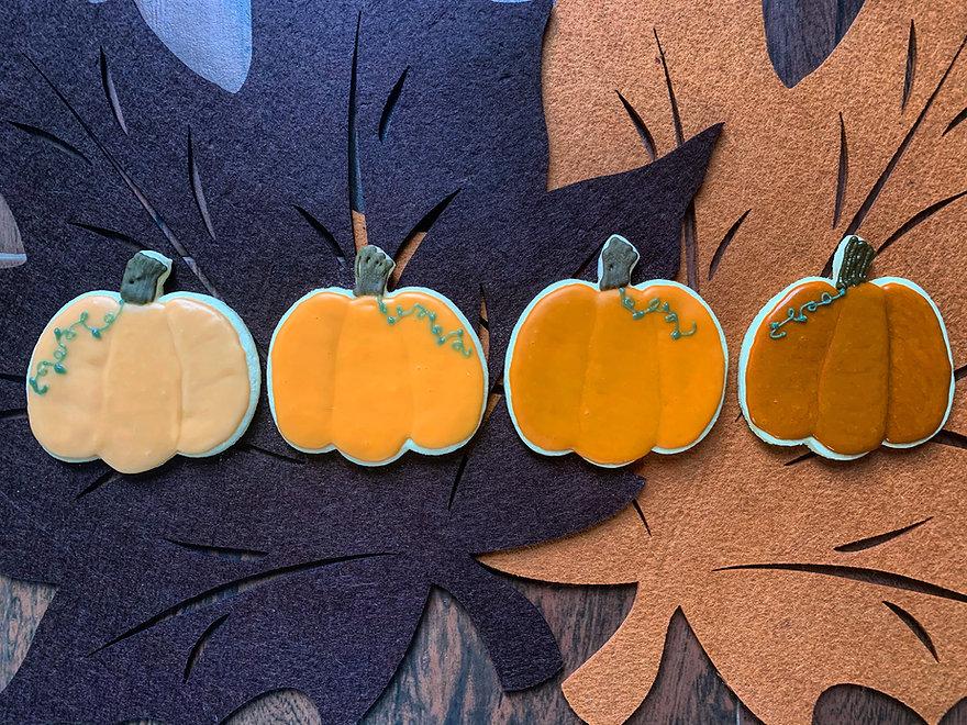 OmbreSugarCookiePumpkins.JPG