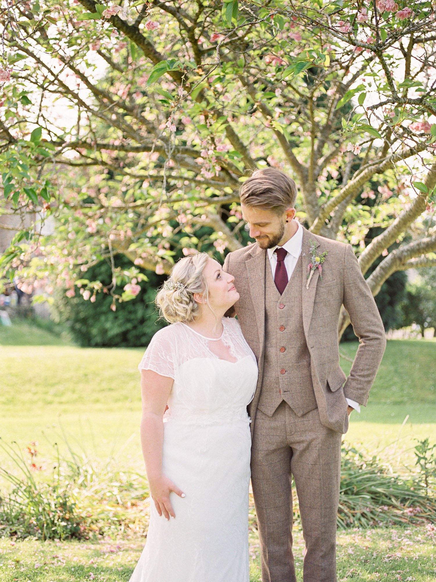 Amy O'Boyle Photography Fine Art Film UK Wedding Photographer-181