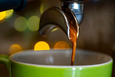 Coffee_pouring_01.jpg