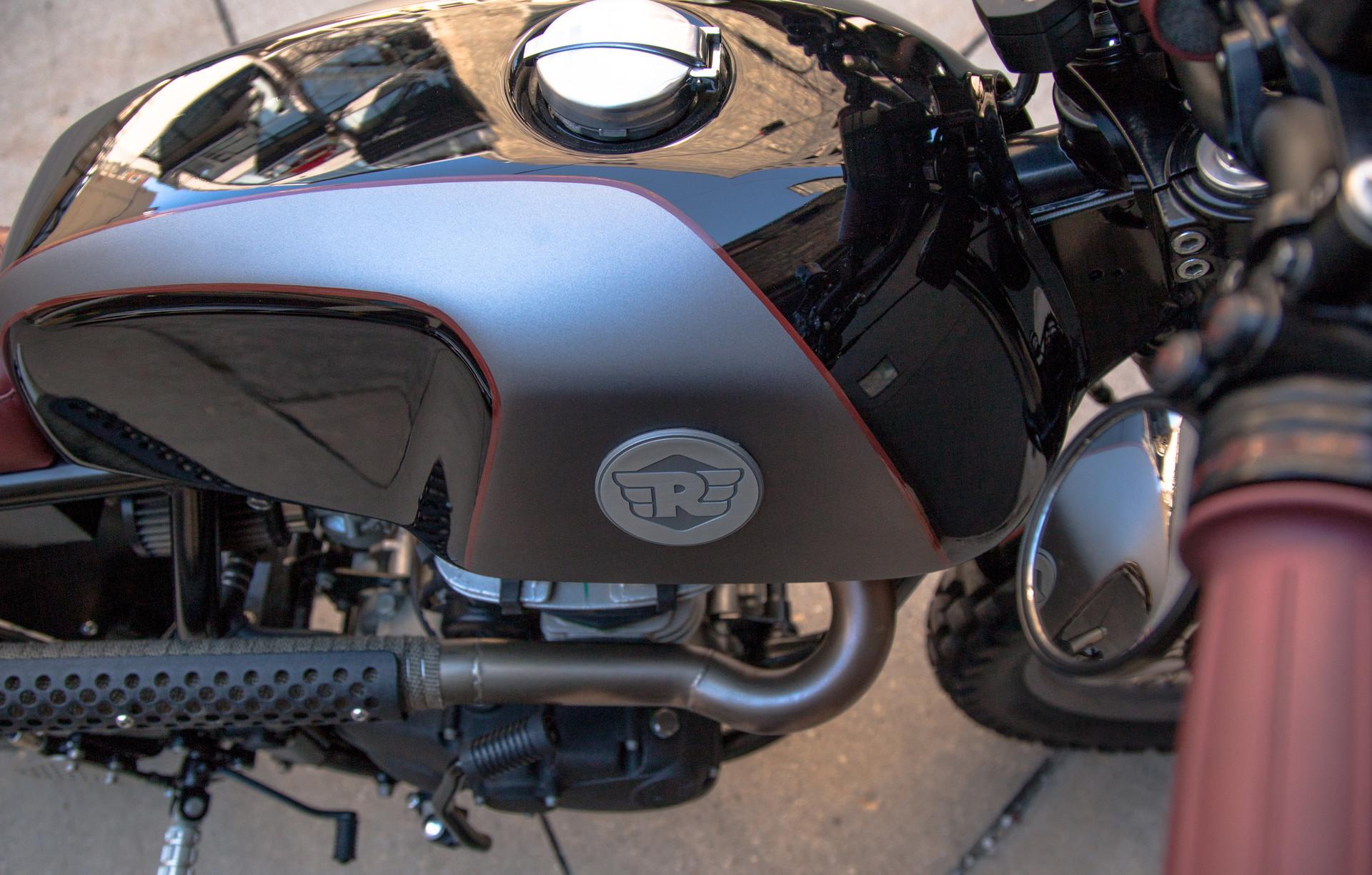 Royal Enfield - Analog Motorcycles Custom