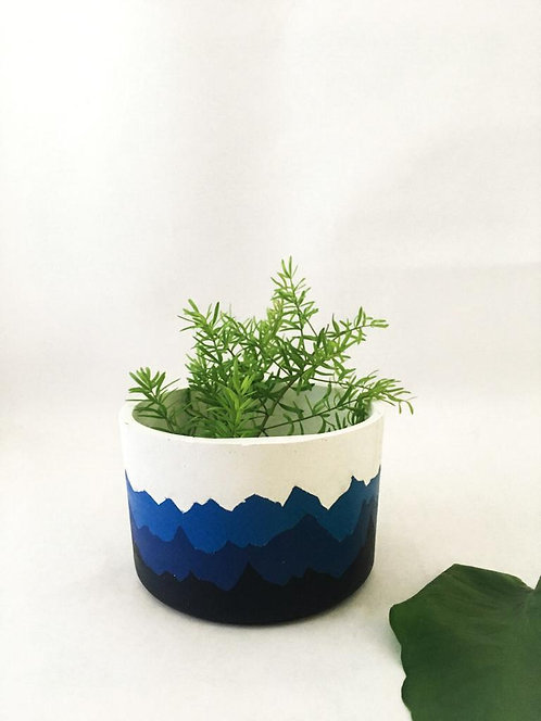 Mountain range concrete planter , Indoor planter , Concrete pot