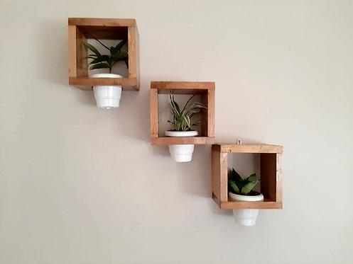 Floating planter frames