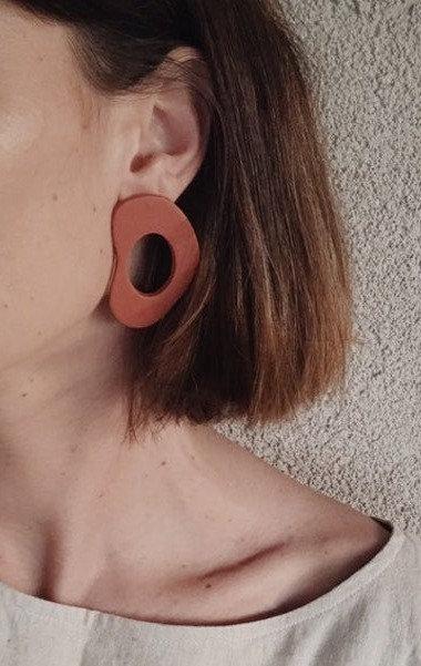 Brown stud earrings