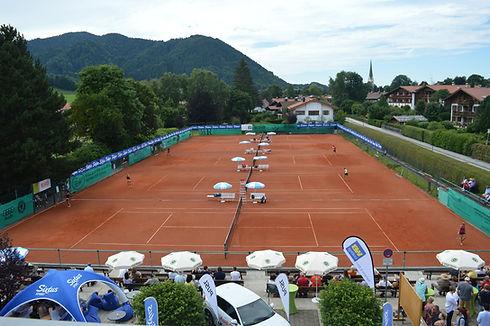 Tennisplatz.jpg