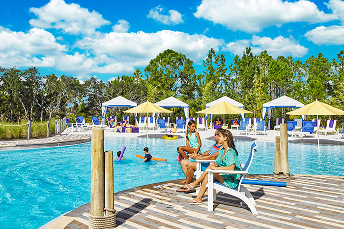 orlando_resort_community_pool_2