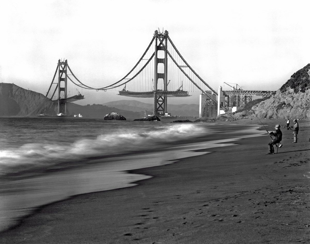 Golden Gate being built