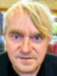 director-oakley-trace.jpg