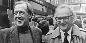 rw-with-frank-kermode-cambridge-1981.jpg