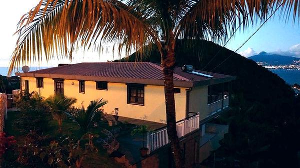 Location de vacances en Martinique avec vue mer à la Villa Ansalane