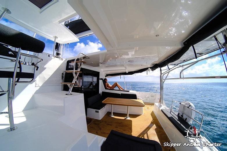 Illustration location bateau sans skippe