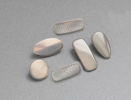 metal nose pads