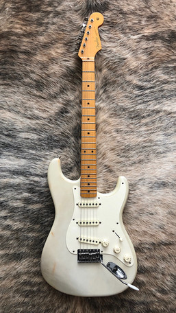 Fender EJ Strat