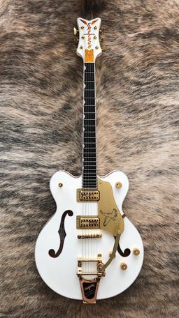 Gretsch White Falcon DC
