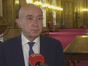 Public Sénat - Claude Malhuret : Point sur la situation sanitaire avec le Premier Ministre