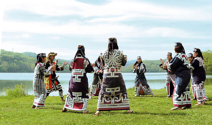 Takimoto Inn Explore - Dancers at Upopoy