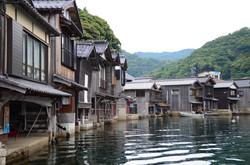 fisherman village nearby