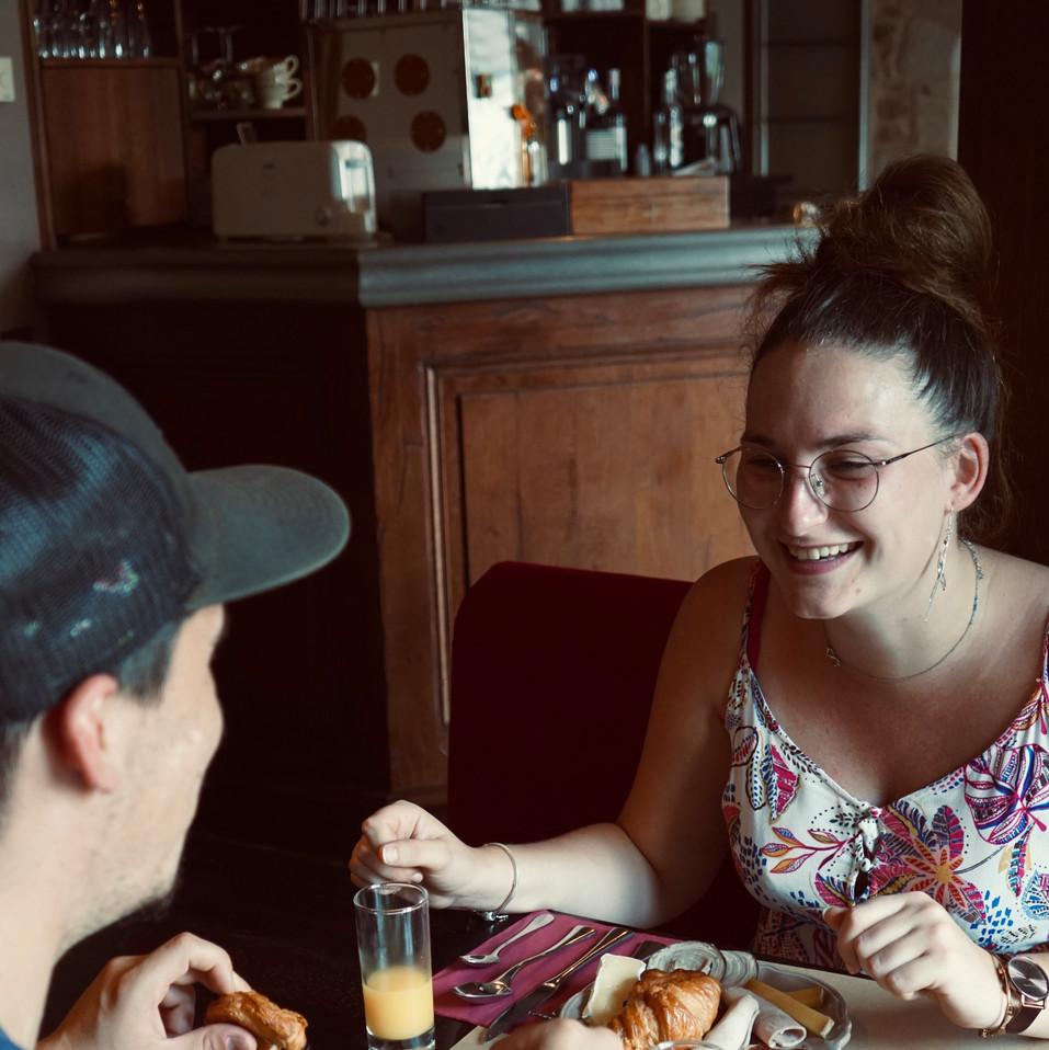 Petit-déjeuner au Domaine des Douets Fleuris