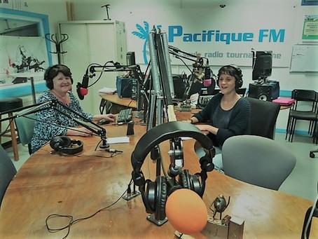 Sur les ondes de Pacific FM..