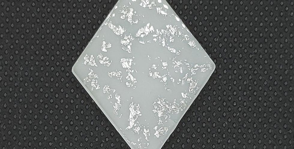 Resin Hangers 28x37mm kleur: Wit/Zilver - 2 Stuks