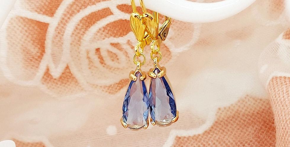 Handgemaakte oorbellen met hangers van Crystal Glass - Nikkelvrij