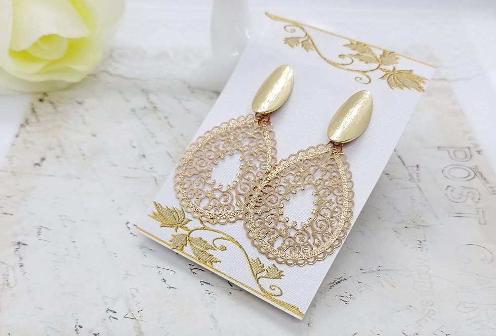 Mooie handgemaakte oorbellen Nikkelvrij - Goud