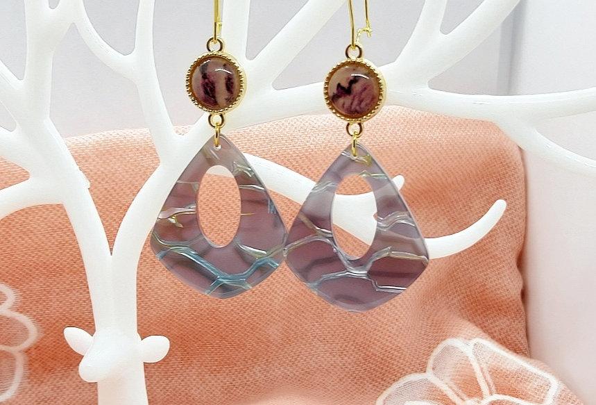 Handgemaakte oorbellen met hangers van Resin (RVS Oorhanger)