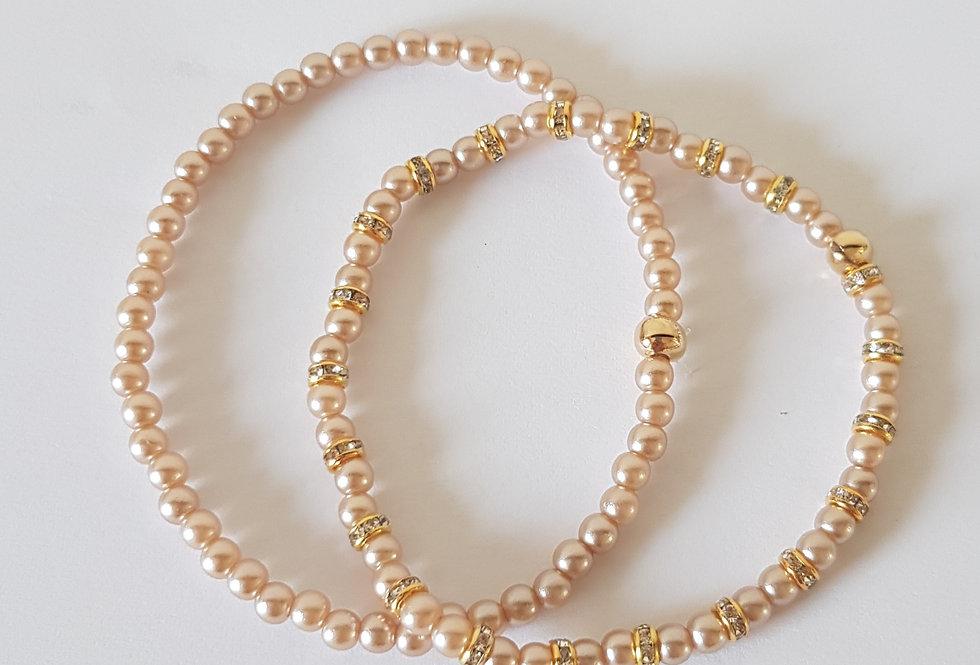 Handgemaakte armbanden met parels en strass steentjes