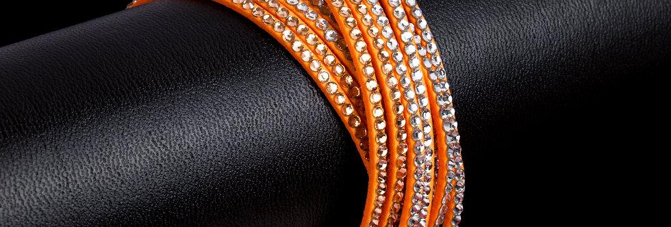 imitatie suède armband met strass steentjes - wit/coral