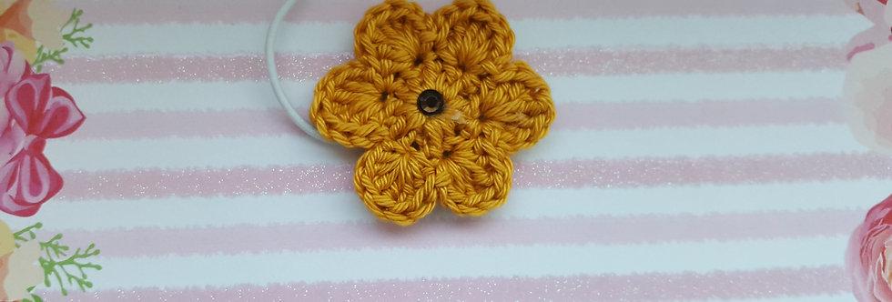 gehaakte bloem - donker geel