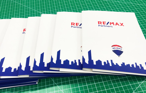 REMAX Presentation Folders