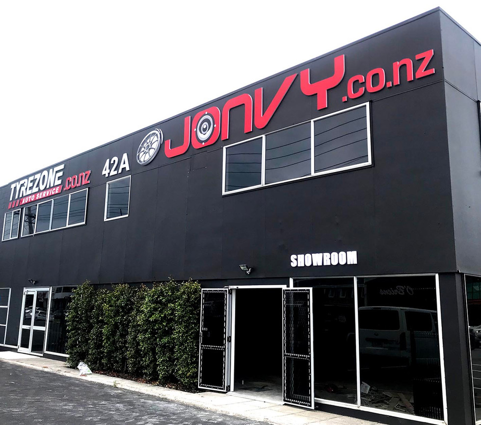 Jonvy Auto.jpg