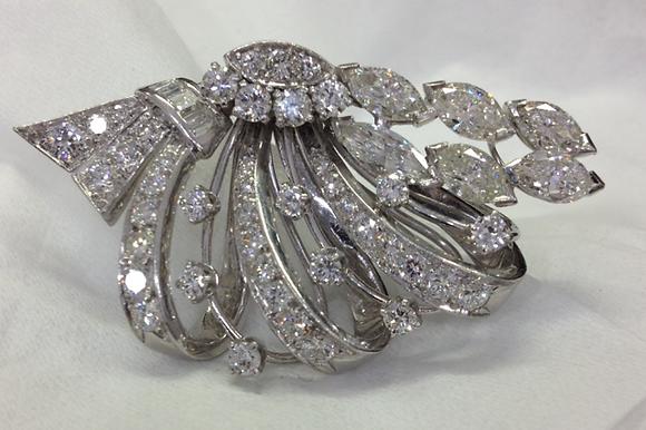 1950's Platinum Floral Brooch 7 cts
