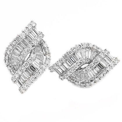 Baguette and Round Diamond Stud Earrings 2 1/4 Cts
