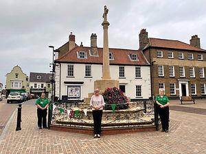 Fakenham lights up green for St John's ambulance