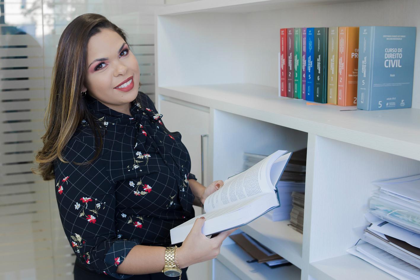 Dra. Beatriz Macedo