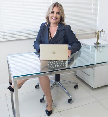 Dra. Ana Paula Dantas