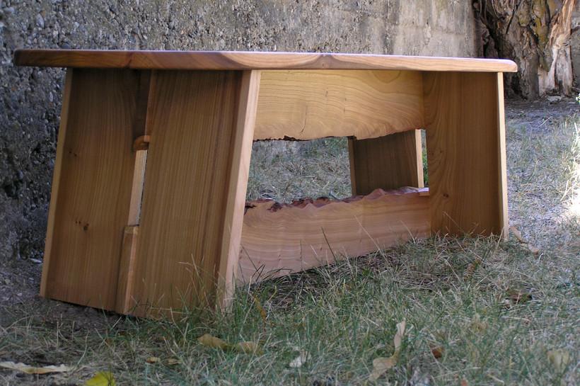 Avery bench