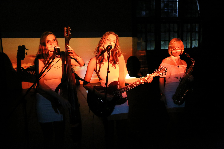 Sunset Orange Lounge Band Berlin