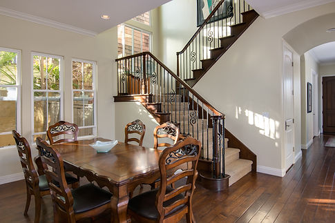 dining_stairway_1650.jpg