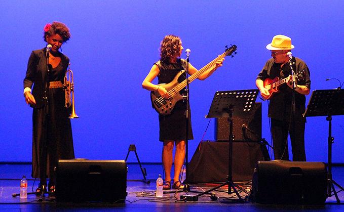 Nomada Trio.jpg