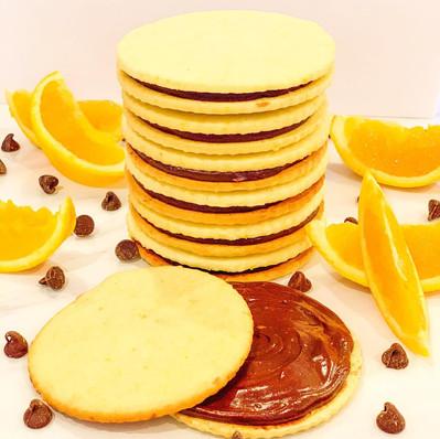 Orange Butter Cookie w/ Chocolate Ganache