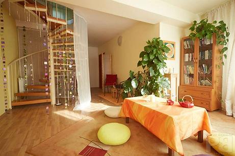 tantra_savitryi_bratislava_salon2.jpg