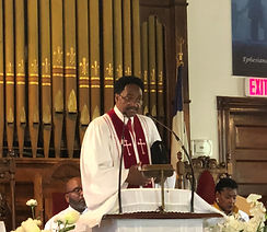 pastor2_edited.jpg